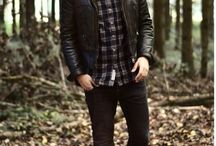 Autumn Fashion For Men / Autumn is a fantastic season for fashion. Layering, warm colours and accessories are donned across the globe. This board will give you some inspiration to find the perfect designer outfit and style. Find a great selection of men's designer clothing online now at OD's