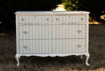 Dressers / by Laura