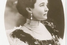 Tiary angielskie - Connaught Pearl and Diamond tiara
