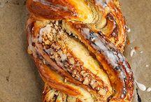 Süßes Brot und Brötchen
