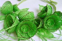 Paper Jewelry in green / Hand made paper jewelry by Begoña Rentero in color green