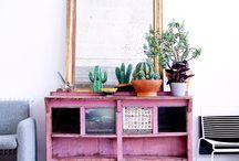 Furniture - Cabinets / Storage