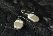 gold ceramic jewelry