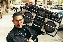 Ghettoblasters - Boomboxes - Kassettenrecorder / weapons of mass-entertainment