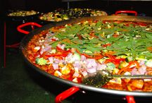 EpiCatering Paella / EpiCatering's team of dedicated professional chefs have cooked hundreds of exquisite paellas over the years; we like to think that we have perfected the art of cooking this ever-popular dish.