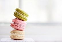 Desserts: Macarons