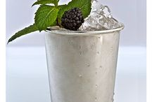 Absinthe Cocktails / Wir freuen uns, Ihnen unsere neusten Absinthe Cocktails vorstellen zu können.  Mit Felix Haag unserem Masterbarkeeper, haben wir zu fast allen unserer Hausmarken einen Signature Cocktail lanciert.  Wir wünsche Ihnen viel Spass mit den Absinthe Cocktail Rezepturen und freuen uns natürlich jederzeit über ein Feedback.  Die Cocktail Rezepte finden Sie in unserem Absinthe Online Shop: www.absinthe-shop.ch/mixology/absinthe-cocktails