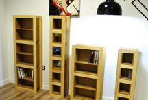 Étagère range CD/DVD / Découvrez nos étagères range CD/DVD en bois massif finition vernis naturel ou médium écologique imitation hêtre.