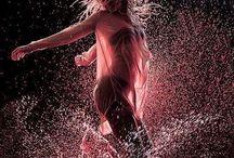 Dance / Venere, armonia, movimento, flessibilità, gioia, Terra, sensualità, amore