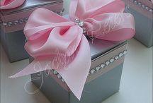 Decoração rosa com cinza / Inspirações para o casamento da Lidiane e Vinícius como decoradora do Sítio La Lunna.