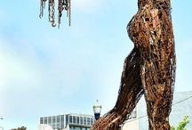 памятники и скульптуры