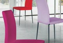 Pour les envies de couleurs flashy ! / Chez #Raphaele on peut trouver de tout pour égayer vos intérieurs !  A venir voir au 8 cours de la liberté à Lyon