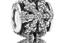 Pandora / Jewelry