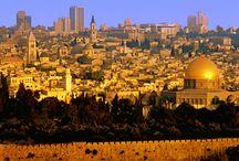 Ierusalim / Ierusalimul este oraşul universal, capitala a două popoare, sanctuarul a trei religii