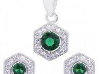 Zelené šperky / Nádherné šperky - strieborné, oceľové so zelenými krištálmi a zelenou aplikáciou. Jednoducho zelené šperky, a za skvelé ceny :-)