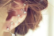 Stud Earrings / Stud Earrings
