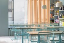 Restauracja - kolorowy akcent otoczony kamieniem / Kolorowe pastelowe akcenty otoczone białym marmurem i butelkową zielenią. Zapraszamy do komentowania - pozwoli to nam określić w jakim kierunku mamy zmierzać z propozycjami.