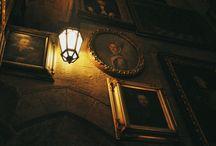 Dark interior / dark interior