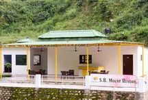S B Mount Resort / Resorts in Lansdowne. Lansdowne is the destination with amazing scenic beauty. Lansdowne is one of the mesmerizing hill stations of the Uttarakhand. S B Mount Resort offers fine accommodation facilities and immaculate services to the visitors.