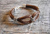 Bracelet crins
