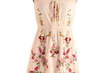 cute dresses / by Mindi Jones