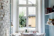 Decoração de Pequenos Espaços / Soluções de decoração para pequenos apartamentos e casas / by Vera Moraes