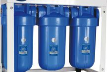 Központi víztisztítás az otthonunkban ★★★★★ / A központi rendszer használatával házunk minden pontján lesz tisztított vizünk. Klór mentes vízben tisztálkodhatunk, főzhetünk és moshatunk. Bármelyik csapnál ihatunk. Háztartási készülékeinket megvédjük a szennyeződésektől.
