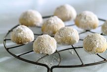 Desserts / by Corrine Gretzmacher