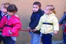 Seguridad infantil / Materiales de protección para evitar accidentes con puertas, esquinas… También, elementos que ayudan al desplazamiento de los más pequeños garantizando su seguridad.