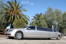 Stretch Limousine in Melbourne / We provide the Super Stretch Silver Statesman Limo is the only one of its type in Melbourne. It seats up to 11 people and comes with many facilities. Hire now!