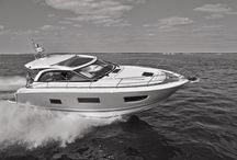 Jeanneau Leader 40 / Synonymous with elegance, luxury and high performance, Jeanneau LEADER powerboats are natural standouts. Their sporty, distinguished silhouettes are evocative of the LEADER experience, a world of refined comfort built upon the time-honoured values of savoir-faire, of the drive to excel and to succeed. Unforgettable adventures await you aboard a LEADER!  http://www.jeanneau.com/boats/Leader-40.html