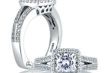 Halo Engagement Rings - Wink's Fine Jewelry