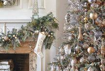 Arany, ezüst, fehér karácsonyfa