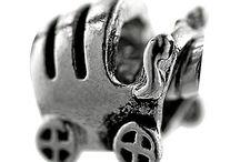 Jewelry - Strand
