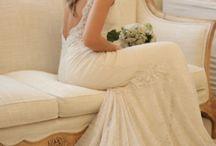 Wedding Dresses / by Amanda Secore