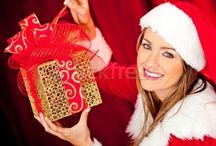 Christmas Jewelry Gift Idea / Friends Checkout, some Christmas jewelry gifts suggestion for your beloved. Visit this link to know more....