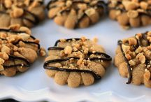 Recipes: Looks Good / Gonna try these sometime.... / by Kamala Mohammed