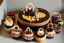 Kiki / Cake  / by Roxanne Cox