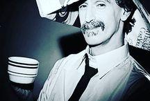 Πίνουν καφέ στην BABEL! Εσείς;  :-)