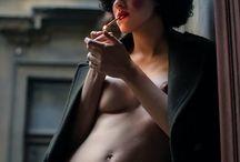 THE CLOWN EDITORIAL / Styling: Zsuzsa Peleskey Photo: Alessandra Merlo