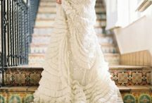 Brides N White Wedding / Latest and Classic fashion trends for a White Wedding Gown !! :)