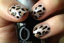 nails / by Carolina Barrero Jimenez