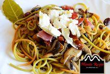 Pasta Monte Regio / ¿Existe una combinación mejor? Tiñe tus platos de pasta con un poquito de #jamón ¡Irresistible! www.faceboook.com/monteregio.jamondejabugo
