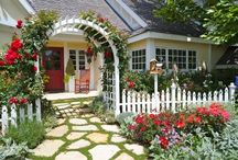 Cottage Life / Home, living, and entertaining in a cottage.  / by Leeanne Hay
