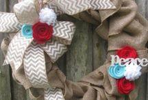 Wreaths / by Kayrn Cyrus