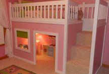 girls bedroom decor / by Lorena Chvz