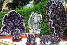 beaux spécimens de minéraux bruts