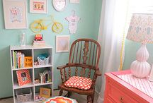 BABY GIRL NURSERY / by Leslie Lettmann