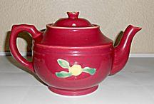 Vintage Tea Pots 2 / by Mystery Lady
