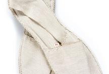 Espadrilles Pare Gabia / Parez vos pieds d'un brin de fantaisie et de confort, avec ces espadrilles unies à bout rond en toile de coton et semelles en corde. Espadrilles signées Pare Gabia, cousues à la main et fabriquées en France.